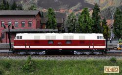 Locomotiva diesel BR 118, DR, ep.IV, analogica